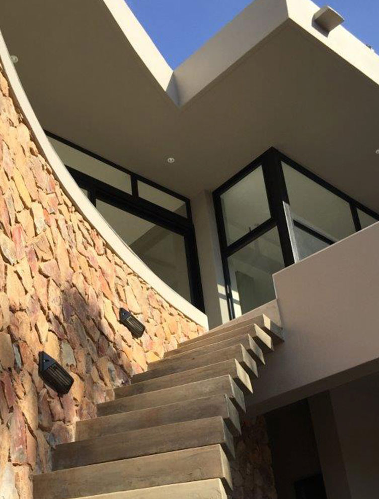 Mellet Human | Projects | House Vorster